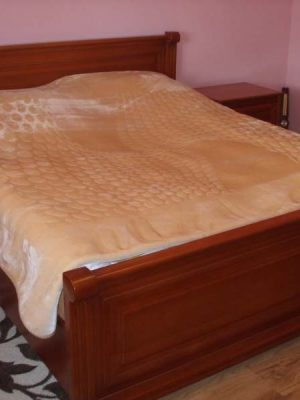 Gőzölt bükk hálószoba bútor