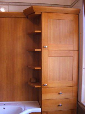 Borovi fenyő fürdőszoba bútor