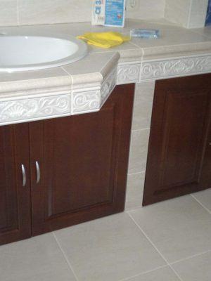 Fürdőszoba bútor cseresznye fából