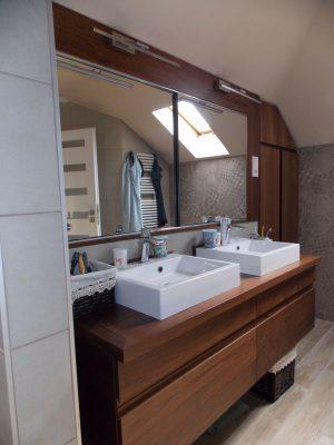 Amerikai dió fürdőszoba bútor